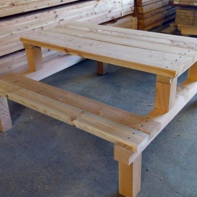 Heavy Duty Larch Picnic Table